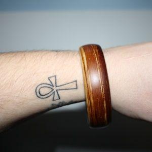 Vintage Jewelry - Vintage wooden bangle bracelet